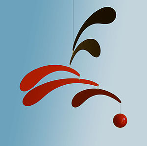Mobile_(sculpture)_in_the_style_of_Alexander_Calder